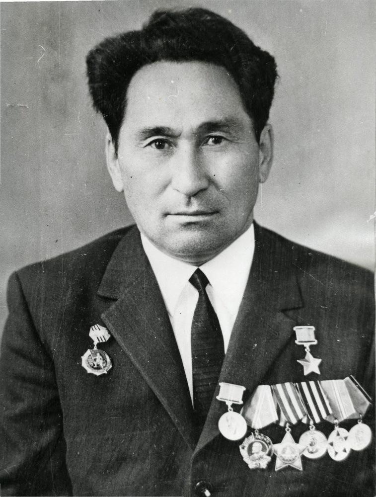 Azhimov-Tulebay-Hadzhibraevich.-1960-1970-e-gg.
