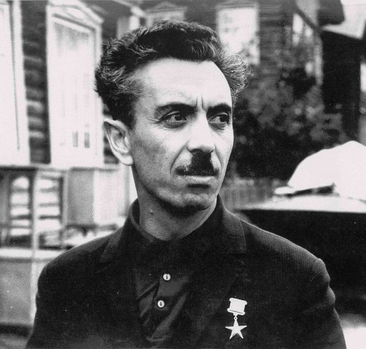 3.-Salmanov-1968-god